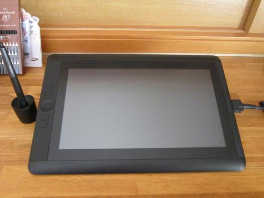 ワコムのCintiq 13HD DTK-1301/K0