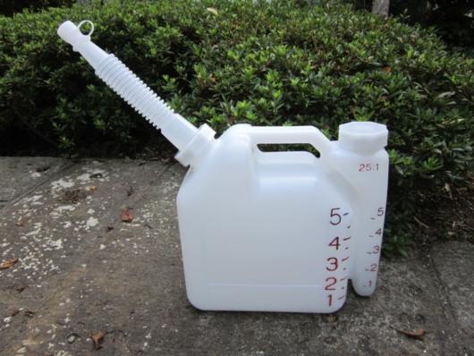 混合ガソリン用ポリタンク