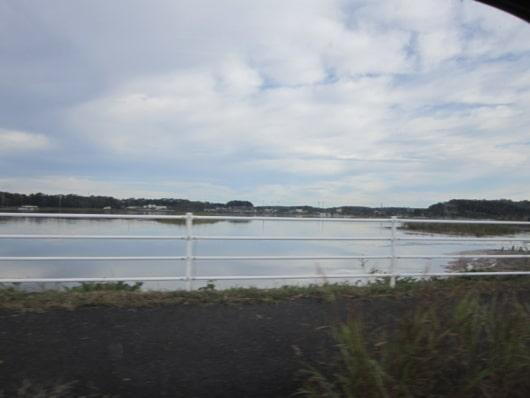 千葉県佐倉市の田んぼは湖の様