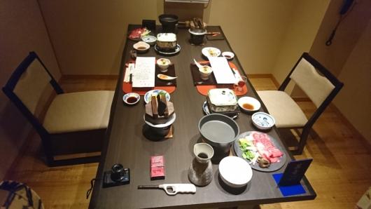個室食事処での夕食