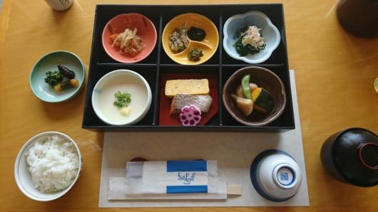 和食の朝食