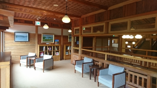 杜の図書館2