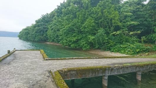十和田湖畔の船着き場