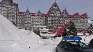 ホテルグリーンプラザ白馬駐車場側