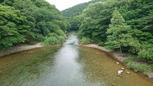 十和田湖から奥入瀬渓流の境界